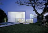 Minimalist-House-Design-01